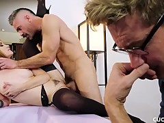 Horny Paris Lincoln Cucks Her Husband By Fucking The Cock Of His Friend