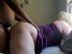 snowbunny Pawg wife cuckold creampie doggy style