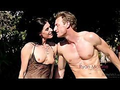 Peeping stranger gets to fuck wife while husband watches then cums in her mouth on a massage table (Cuckold scene with India Summer)